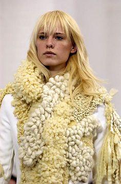 Balenciaga Fall/Winter 2002 | Flickr - Photo Sharing!