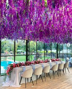 A pergola of 10 thousand stems produced for this fairytale wedding! Modern Wedding Centerpieces, Summer Wedding Decorations, Summer Wedding Bouquets, Wedding Reception Flowers, Winter Wedding Flowers, Rustic Wedding Flowers, Flower Bouquet Wedding, Spring Weddings, Head Table Wedding