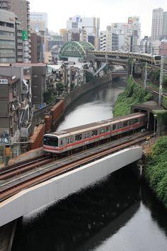 窓の下には神田川~♪Japan,Kanda river,Tokyo