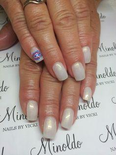 #hockey #nailart #nails #handpainted #icenails #minoldo