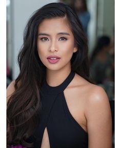 Love her natural hair volume 💝 💇 GABBI ( ) Endorsement shoot 👄💄 🔜 Styled Gabi Garcia, Kylie Padilla, Filipina Beauty, Natural Hair Styles, Long Hair Styles, Celebs, Celebrities, Classic Beauty, Dark Hair