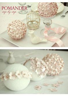 Decoración sencilla y romántica para centros de mesa