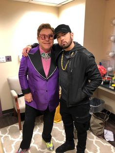 Hip hop and strange friendships are no strangers to each other. Look at Snoop Dogg and Martha Stewart. Killer Mike and Bernie Sanders. Eminem and Elton John. Hip Hop Bling and premium iced out pendants. Lil Herb, Eminem Poster, Marshall Eminem, The Real Slim Shady, Eminem Slim Shady, Sexy Beard, Rap God, Hip Hop Artists, Top Artists