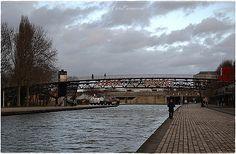 Le canal de l''Ourcq au Parc de la Villette / Paris 19ème