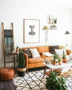 Earthy Living Room, Eclectic Living Room, Boho Living Room, Living Room Sofa, Earth Tone Living Room Decor, Living Rooms, Living Room Trends, Boho Room, Bohemian Living