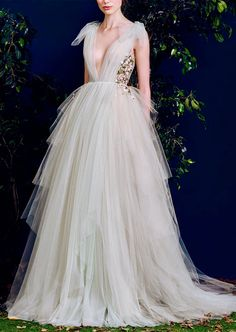 Cheap dresses lycra, Buy Quality dress up plain dress directly from China dress matches Suppliers: Elegant Long Evening Dress 2017 Deep V Neck Cap Sleeves Gray Tulle Formal Party Gowns Unique Embroidery Flower Sexy Prom Dresses Tulle Dress, Dress Up, Bridal Gowns, Wedding Gowns, Vera Wang Wedding Dress Lace, Tulle Wedding, Party Gowns, Evening Dresses, Prom Dresses
