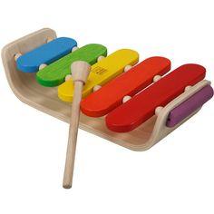 Ce xylophone ovale de la marque Plan Toys permet à l'enfant de développer le sens du rythme et la coordination oeil main. Un jouet conçu dans le respect de l'environnement.