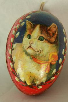 Antique German Large Easter Egg Candy Container Ornament with Cat Face Vintage Tins, Vintage Cat, Vintage Easter, Easter Cats, Easter Bunny, Happy Easter, Old Candy, Paper Candy, Easter Egg Candy