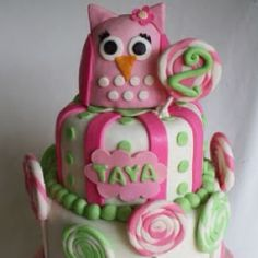 I want this 2 b her 1st bday cake :)