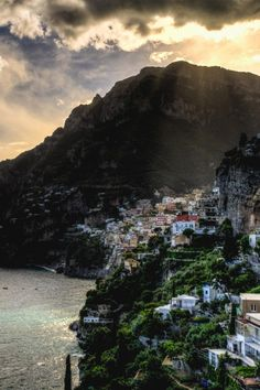 italian-luxury:  Amalfi Coast, Italy |Source |Italian-Luxury|Instagram
