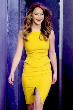 Jennifer Lawrence looking amazing as always *sigh*