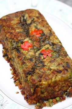 No Face Plate: Masala Mushroom Loaf. Raw Food Recipes, Veggie Recipes, Indian Food Recipes, Vegetarian Recipes, Cooking Recipes, Healthy Recipes, Vegetarian Meatloaf, Indian Snacks, Vegan Main Dishes