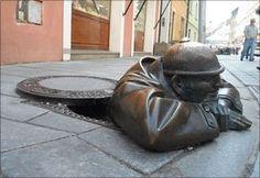 Homem trabalhando. Bratislava, Eslováquia