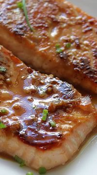 YUM!!!  Honey Garlic Salmon -  1 teaspoon garlic, minced ½ teaspoon ginger, minced 4 tablespoons honey 2 tablespoons soy sauce Mix & marinate salmon 15-30 minutes Pan sear Salmon to carmelize then Bake @ 350 for 15-20 minutes