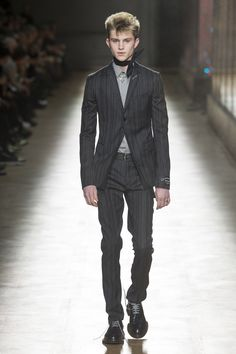 Dior Homme Fall 2018 Menswear Fashion Show Collection