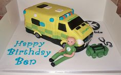 3D ambulance cake by Paramount Cakes, via Flickr
