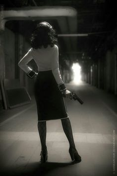 Looks Hip Hop, Bioshock Infinite, Style Noir, Peggy Carter, Agent Carter, I Saw The Light, Elegantes Outfit, Bad Girl Aesthetic, White Photography