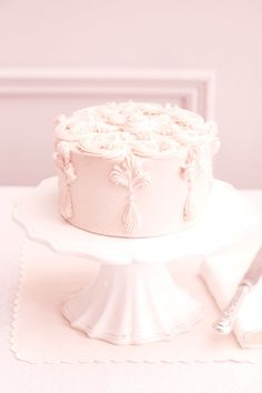 Soft pink rococo cake ✿⊱╮