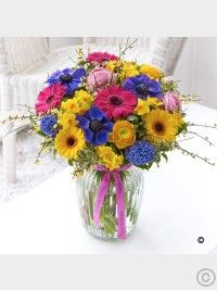 Send Spring Flowers to york from Wards The Florist. Beautiful Spring flowers delivered for all occasions. Best Flower Delivery, Flower Delivery Service, Online Flower Delivery, Funeral Flower Arrangements, Funeral Flowers, Wedding Flowers, Valentines Flowers, Mothers Day Flowers, Anniversary Flowers