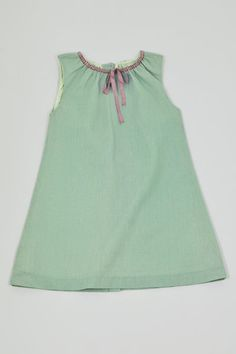 Another cute dress-love this colour combo.