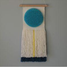 #wovenwallhanging #woven #wovenwallhangings #art #artist #handamde #handcraft #ontheloom #weaver #weaverfever