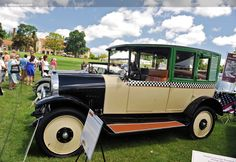 1923 Checker H-2
