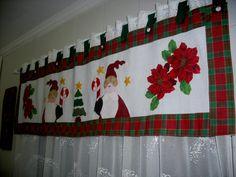 decorar cortinas en navidad Crafts To Sell, Diy And Crafts, Application Pattern, Christmas Holidays, Christmas Decorations, Christmas Windows, Ideas Hogar, Bathroom Organisation, Bathroom Sets