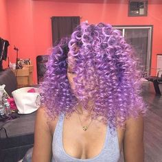 11 Pastel Hair Colors That Perfectly Ring in Spring 2018 - Coiffure Sites Pastel Hair, Purple Hair, Purple Natural Hair, Gray Hair, Weave Hairstyles, Pretty Hairstyles, Style Hairstyle, Scene Hairstyles, Curly Hair Styles