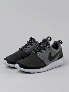 3ac65ba421f Mens Womens Nike Shoes 2016 On Sale!Nike Air Max  Nike Shox  Nike Free Run  Shoes  etc. of newest Nike Shoes for discount salenike shoes Nike free runs  Nike ...