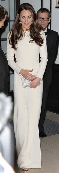 Kate Middleton.... I could use this as a wedding dress :)