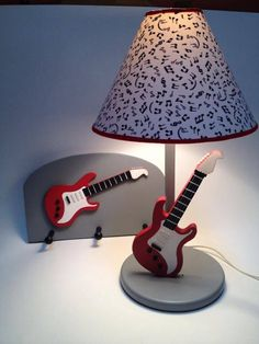 Music lamp and hanger with guitar Childrens Lamps, Kids Room Lighting, Kids Lamps, Lampshade Designs, Painting Lamps, Country Paintings, Luxury Homes Interior, Country Art, Wooden Decor