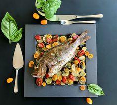Φαγκρί ψητό στο φούρνο με ελιές, κουμκουάτ και βασιλικό Biryani, Pesto, Pork, Fish, Vegetables, Kitchen, Kale Stir Fry, Cooking, Pisces