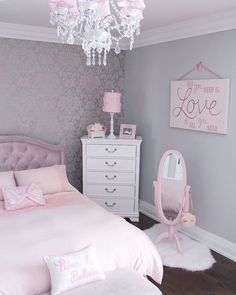 Pink is the perfect colour for girls bedroom! Discover more pink inspirations with Circu furniture for kids bedroom: CIRCU. Cool Kids Bedrooms, Kids Rooms, Kids Bedroom Ideas, Cute Room Decor, Kids Decor, Decor Ideas, Wall Decor, Home Decor, Chandelier Bedroom