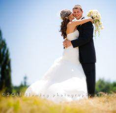 Adorable! (Jake Locker wedding)