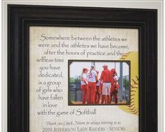 Team Photo Gift End of Season Softball Gift for Coach, Coach Appreciation Gift Softball Thank You Gift Softball Coach Gifts, Team Gifts, Senior Cheerleader, Coach Appreciation Gifts, Unique Graduation Gifts, Handmade Wedding Gifts, Photo Frame Design, Wedding Gifts For Parents, Personalized Picture Frames