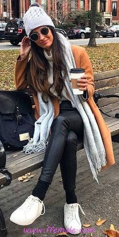 beautiful and edgy fall outfits: classics, edgy and elegant, so let this outfit guide remind you of how versatile this simple wardrobe peaces can be . Edgy Fall Outfits, Fall Outfits 2018, Fall Fashion Outfits, Fall Fashion Trends, Autumn Fashion, Casual Outfits, Winter Outfits, Fashion Spring, Work Outfits
