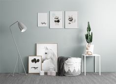 Find inspiration for creating a picture wall of posters and art prints. Endless inspiration for gallery walls and inspiring decor. Create a gallery wall with framed art from Desenio. Art Prints Uk, Wall Prints, Baby Decor, Kids Decor, Online Posters, Room Posters, Inspiration For Kids, Colour Schemes, Kids Bedroom