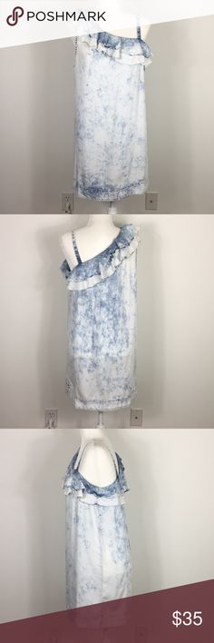 Holding Horses | Anthropologie Chambray Dress White and blue Chambray dress from Holding Horses. Great condition, no obvious flaws. Has ruffle detailing by Sleeve   Pit to pit: 20 inches flat across  Length: 34 inches   Mannequin is a size 6 for reference  Q Anthropologie Dresses