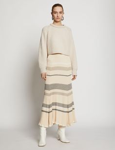 """Music to your ears is hearing that this ecru cotton chunky knit cropped jumper from Proenza Schouler can be yours. Sound the alarms, it's a """"add to shopping bag"""" kind of day. Featuring a ribbed crew neck, long sleeves, ribbed cuffs, a straight hem and a cropped length. Knit Skirt, Lace Skirt, Sweater Skirt Outfit, Boho Fashion Winter, Ribbed Sweater, Striped Knit, Proenza Schouler, Stripe Print, Fashion 2020"""