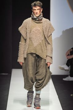 Vivienne Westwood - Men Fashion Fall Winter 2015-16 - Shows - Vogue.it