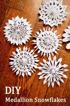 DIY :: Medallion Snowflakes ( http://www.1dogwoof.com/2013/01/medallion-snowflakes.html )