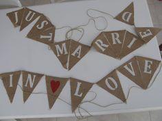 Banderoles pour la voiture des mariés et la déco de la salle