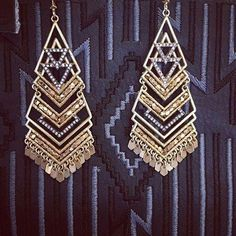 Holiday Sneak Peek! #Chandelier #earrings from our Chief Creative Officer, Blythe Harris. www.stelladot.com/sites/sylviacuff #stelladotbysylvia