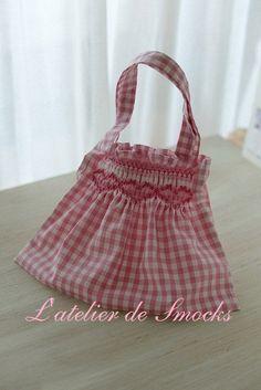 スモッキング刺繍の小さなグラニーバッグ♪ の画像|スモッキング刺繍教室 スモッキング・コルベイユ 東京恵比寿