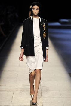 Dries Van Noten Spring 2009 Ready-to-Wear Fashion Show - Daiane Conterato (Elite)
