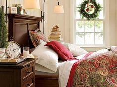 A touch of Christmas in your bedroom.