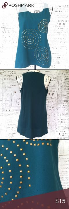 New Directions studded sleeveless top sz medium New Directions studded sleeveless top sz medium, deep hunter green with gold stud details, EUC, small pick in fabric pictured, knit back, high-low hem, pit to pit 18 inches, shoulder to hem front 24.5 inches back 27.5 inches. new directions Tops