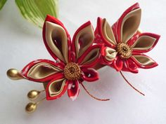 Red and Gold Momiji Leaves Tsumami Kanzashi Adapted by JagataraArt