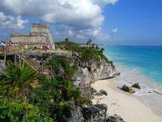 Tulum sitio arqueológico en el mar caribe. Viaja con aldeamaya@hotmail.com