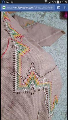 1 million+ Stunning Free Images to Use Anywhere Ribbon Embroidery, Cross Stitch Embroidery, Embroidery Patterns, Cross Stitch Patterns, Bargello Needlepoint, Needlepoint Stitches, Needlework, Swedish Weaving Patterns, Swedish Embroidery
